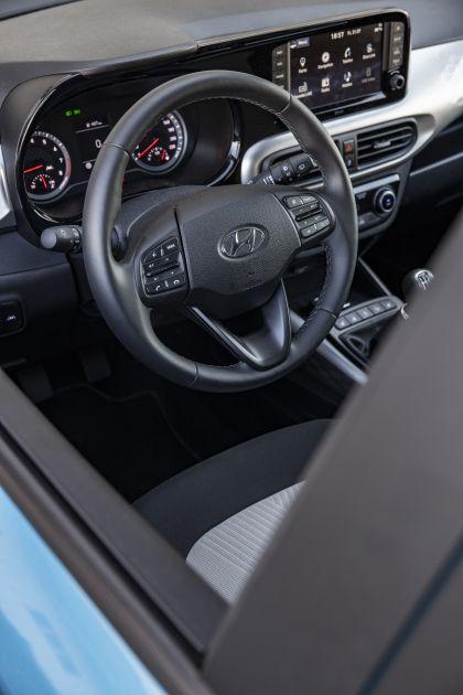 2020 Hyundai i10 37