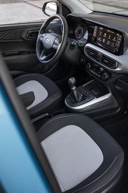 2020 Hyundai i10 41