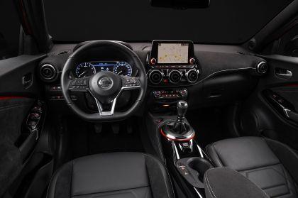 2020 Nissan Juke 26