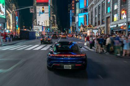 2020 Porsche Taycan turbo 6