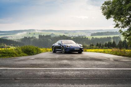 2020 Porsche Taycan turbo 13