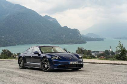 2020 Porsche Taycan turbo 18