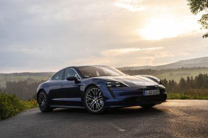 2020 Porsche Taycan turbo 21
