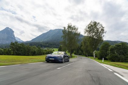 2020 Porsche Taycan turbo 74
