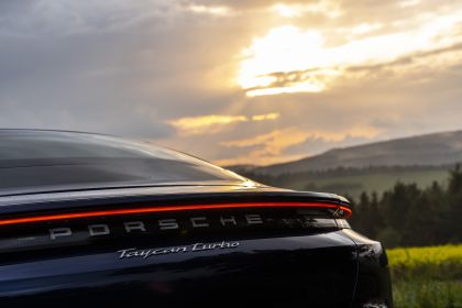 2020 Porsche Taycan turbo 79