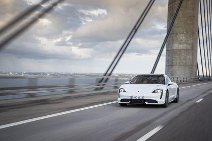 2020 Porsche Taycan turbo 156