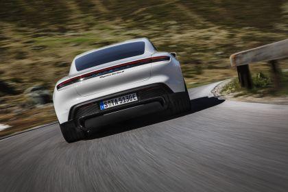 2020 Porsche Taycan turbo S 12