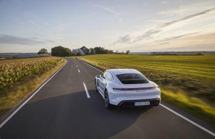 2020 Porsche Taycan turbo S 33