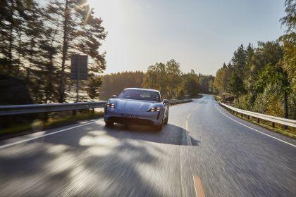 2020 Porsche Taycan turbo S 36