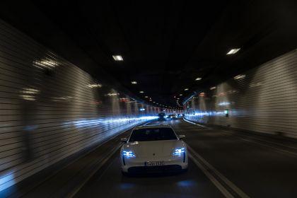 2020 Porsche Taycan turbo S 38