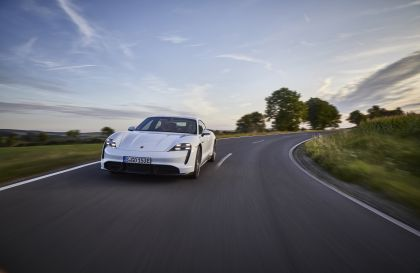 2020 Porsche Taycan turbo S 44