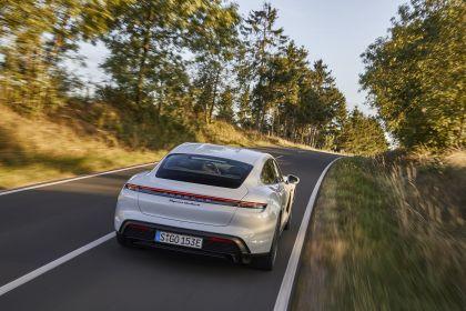 2020 Porsche Taycan turbo S 48
