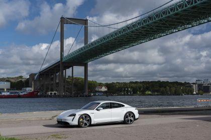 2020 Porsche Taycan turbo S 56
