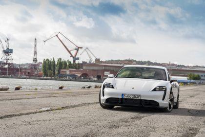 2020 Porsche Taycan turbo S 69