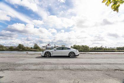 2020 Porsche Taycan turbo S 77