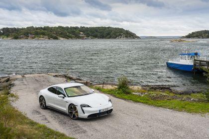 2020 Porsche Taycan turbo S 90