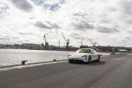 2020 Porsche Taycan turbo S 98