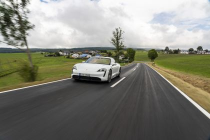 2020 Porsche Taycan turbo S 128