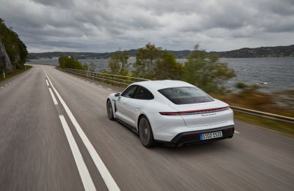 2020 Porsche Taycan turbo S 151