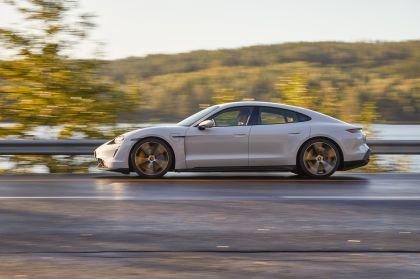 2020 Porsche Taycan turbo S 160