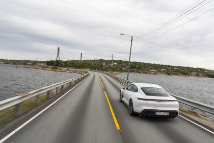 2020 Porsche Taycan turbo S 169