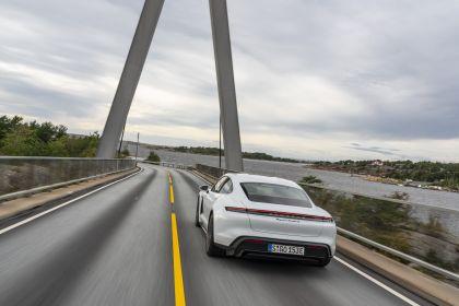 2020 Porsche Taycan turbo S 171