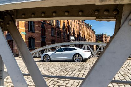 2020 Porsche Taycan turbo S 185
