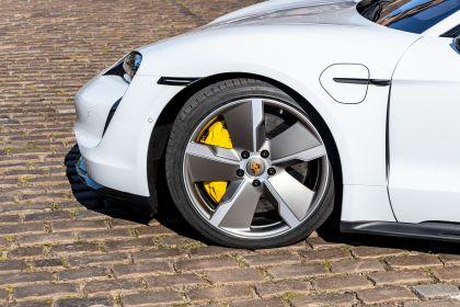 2020 Porsche Taycan turbo S 207