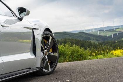2020 Porsche Taycan turbo S 230