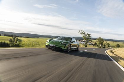 2020 Porsche Taycan turbo S 284