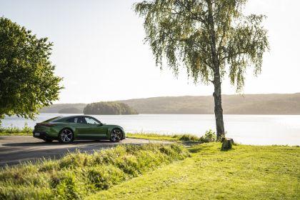 2020 Porsche Taycan turbo S 291