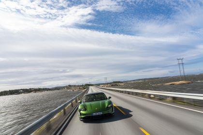 2020 Porsche Taycan turbo S 327