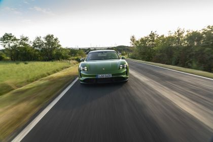 2020 Porsche Taycan turbo S 363