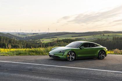2020 Porsche Taycan turbo S 374
