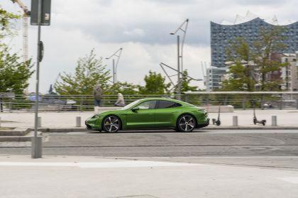 2020 Porsche Taycan turbo S 383