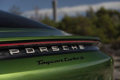 2020 Porsche Taycan turbo S 452