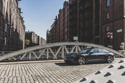 2020 Porsche Taycan turbo S 512