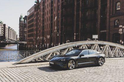 2020 Porsche Taycan turbo S 518