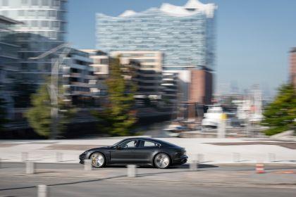 2020 Porsche Taycan turbo S 540