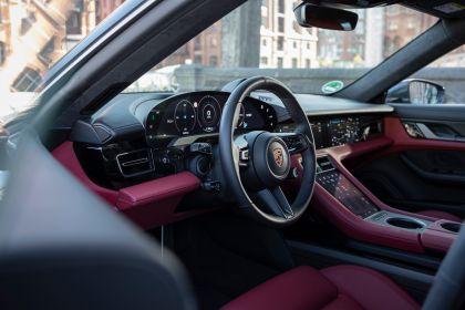 2020 Porsche Taycan turbo S 564