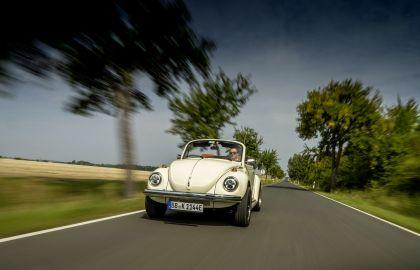 2019 Volkswagen e-Beetle concept 15