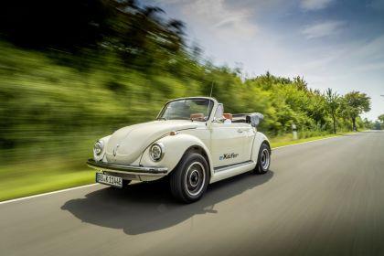 2019 Volkswagen e-Beetle concept 17