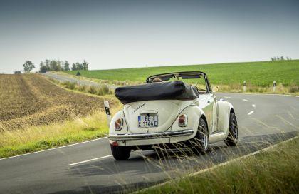 2019 Volkswagen e-Beetle concept 18