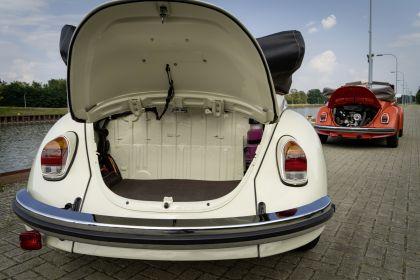 2019 Volkswagen e-Beetle concept 32