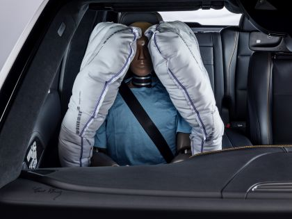 2019 Mercedes-Benz Experimental Safety Vehicle 24