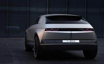 2019 Hyundai 45 EV Concept 3