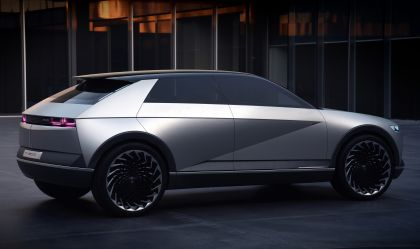 2019 Hyundai 45 EV Concept 4