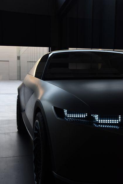 2019 Hyundai 45 EV Concept 9