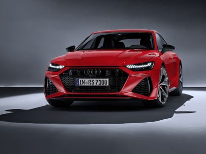 2020 Audi RS7 Sportback 2