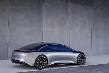 2019 Mercedes-Benz Vision EQS 23